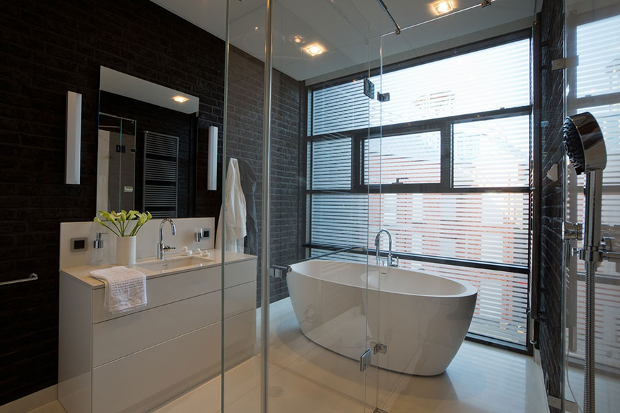 brick-wall-bathroom-interior-design