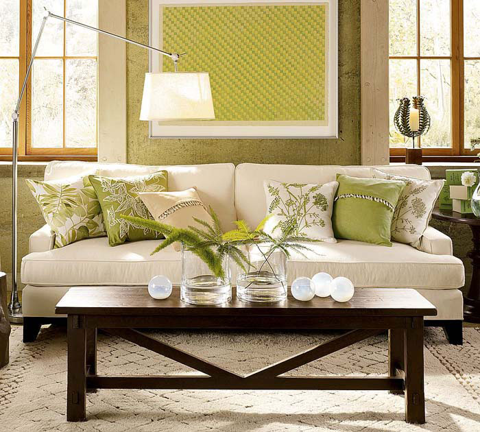 green_accents_coffee_table