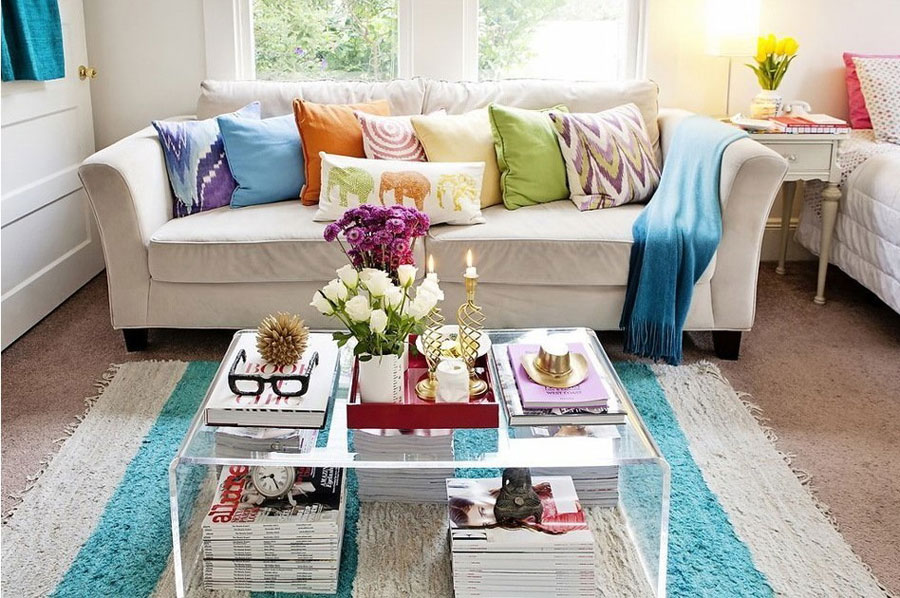 colorful-living-area-900x598