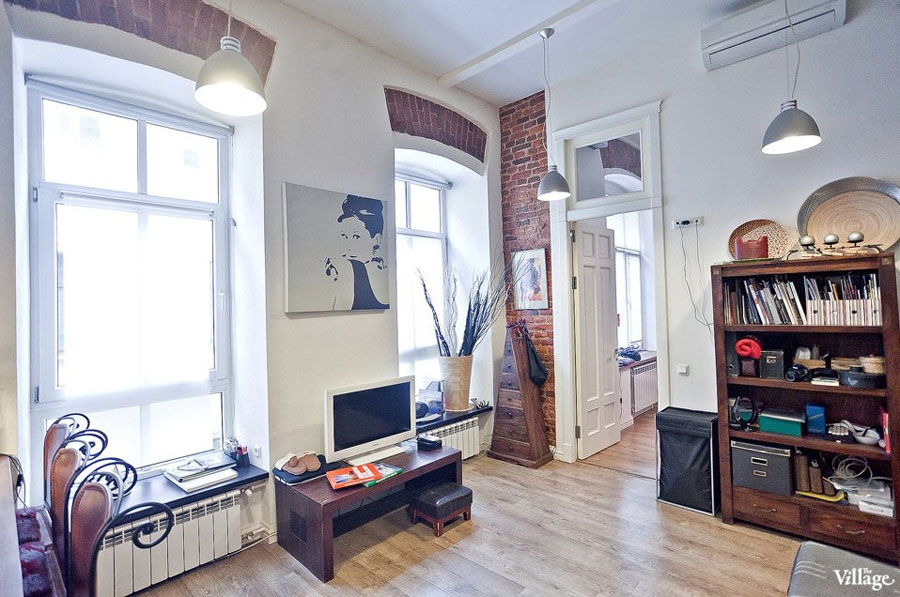 Small Two Level Apartment With Brick Walls 4betterhome