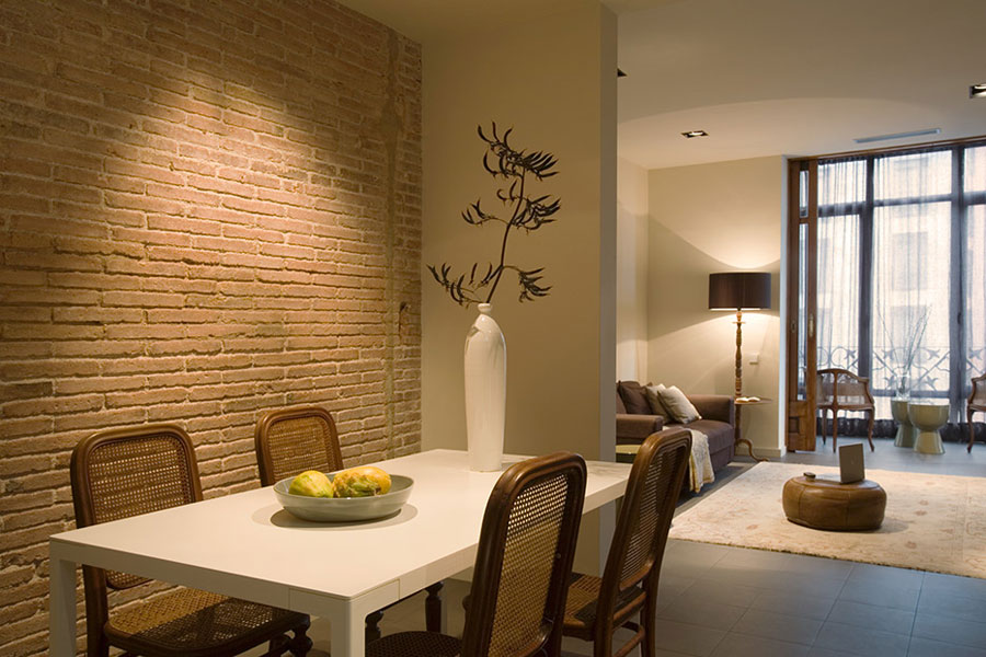 Modern Classic Style Interior Design in Old Part of Barcelona