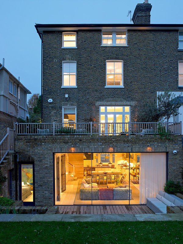 residence in London decored electic style