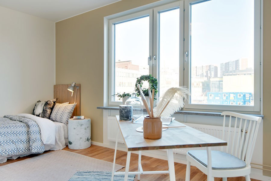 apartment design in white with birch decorations