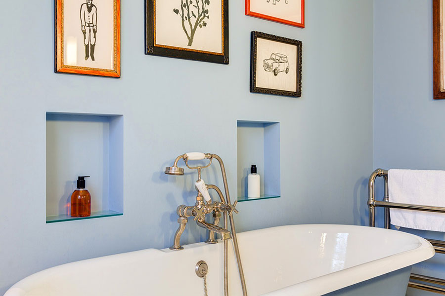 eclectic style bathroom design