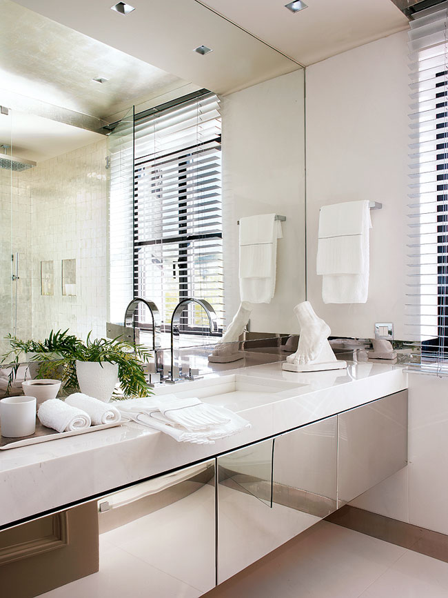 elegant interior design for bathroom