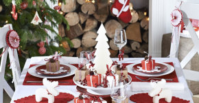 decorations for Christmas table