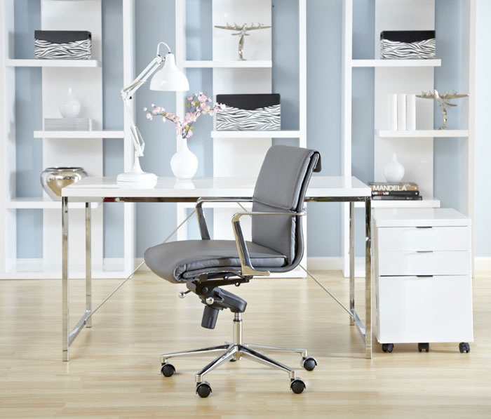 Small office desk solutions 30 small home office desk for Small space office solutions