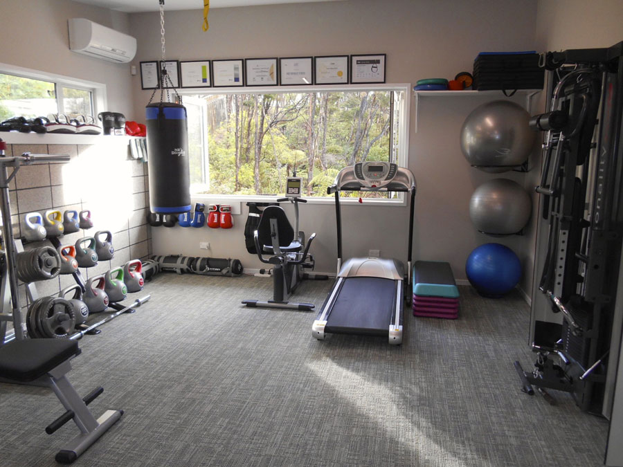 Smart design ideas to create your dream home gym for Small exercise room