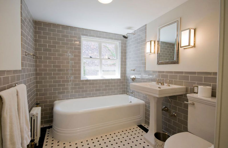 Out There Are Many Options, How To Arrange Small Classic Bathroom Designs,  Itu0027s Hard To Pick Just One, So We Made This Inspiring Collection.