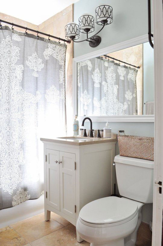 30 elegant and small classic bathroom design ideas for Elegant small bathrooms