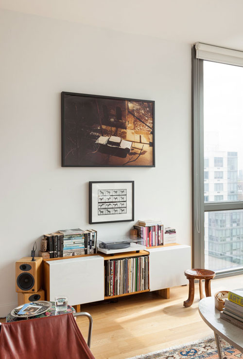 small new york apartment design. (click to enlarge)